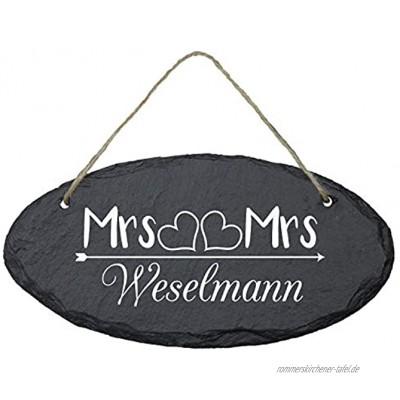 Geschenke 24 Schiefertafel personalisiert für Ehepaare mit Familienname oval 25 x 15 cm Mrs & Mrs Schieferplatte Deko Eingangstür Haustür Türschild Hochzeitsgeschenk Wanddeko