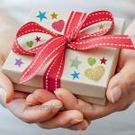 KANOSON Glitter Schaumstoff Aufkleber 150 Stück Farben Selbstklebend Stern und Herz Sticker,Schaumstoff Sticker Set für Kinder Wand Dekoration Basteln Fertigkeit Dekorativ